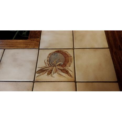 Belgium Oak Bar Set Tile Close-up